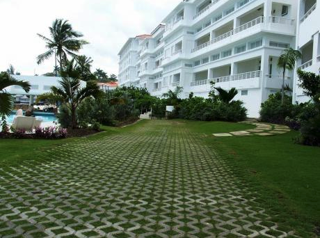Couples Resorts Closes Four Properties For A Month